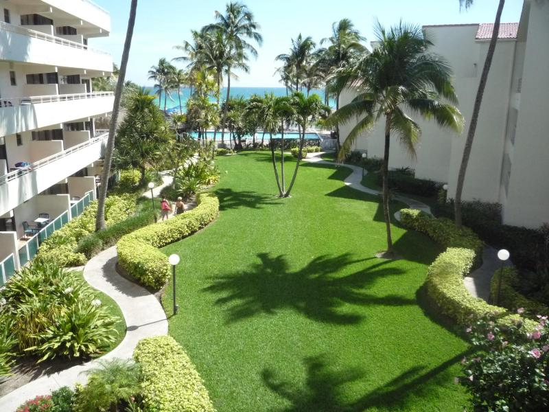 1 Bedroom Condo - Limited time offer !! - Image 1 - Sunny Isles Beach - rentals