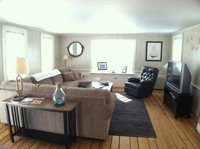 Living Area - Walk to Beach:  Newly decorated 7 bedroom home with 7 private baths, A/C, WiFi - HA0552 - Harwich - rentals