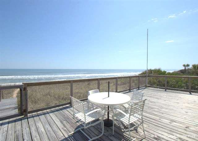 A perfect pet-friendly deck, right on the ocean - Coastal Charm Beach House, 2 Bedrooms, Ocean Front, Ponte Vedra - Florida North Atlantic Coast - rentals