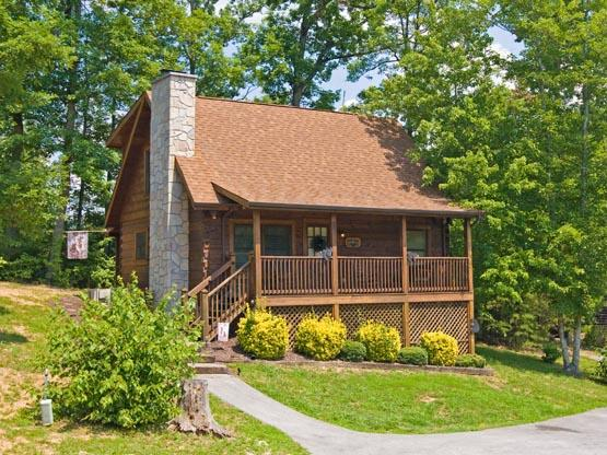 ER78 - THE BEAR CABIN - Image 1 - Pigeon Forge - rentals