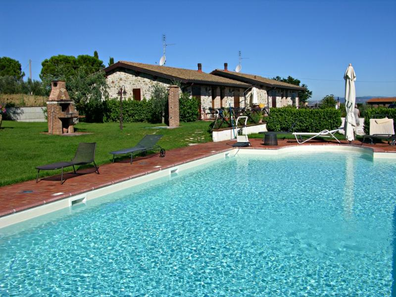 apartments for 4 guests in villa - Image 1 - Marsciano - rentals