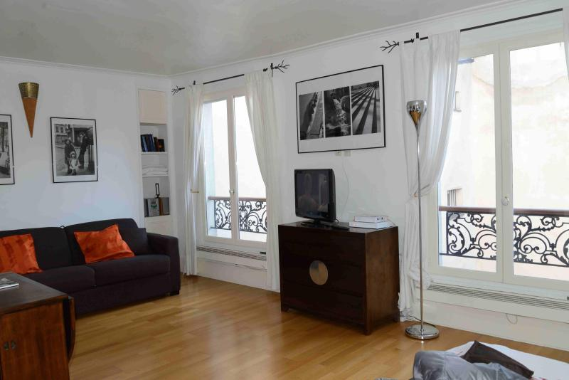 Paris  beautiful studio in the Heart of 'Le Marais - Image 1 - Eyne - rentals