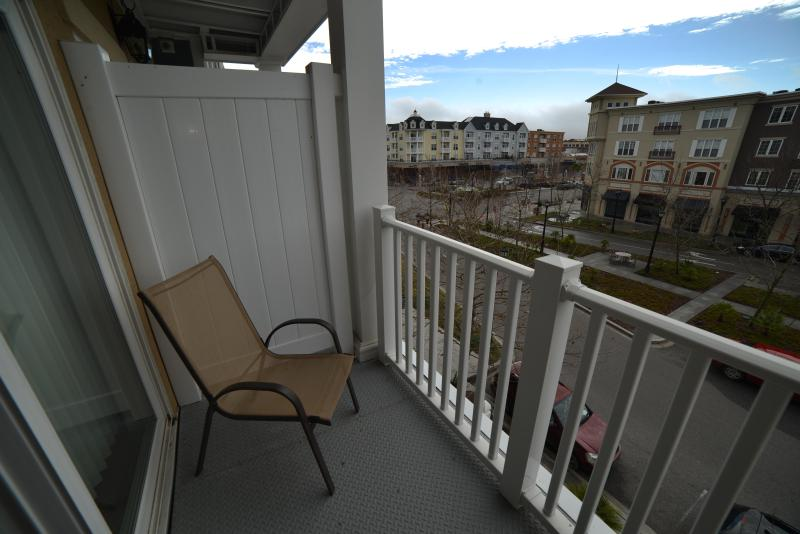Ashley Studio 206 at Suites of the Market Common!! - Image 1 - Myrtle Beach - rentals