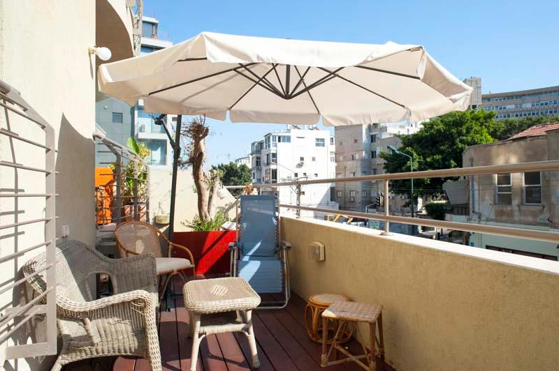 Bograshov/Ben Yehuda (by the beach) – 1 Bed - Image 1 - Tel Aviv - rentals
