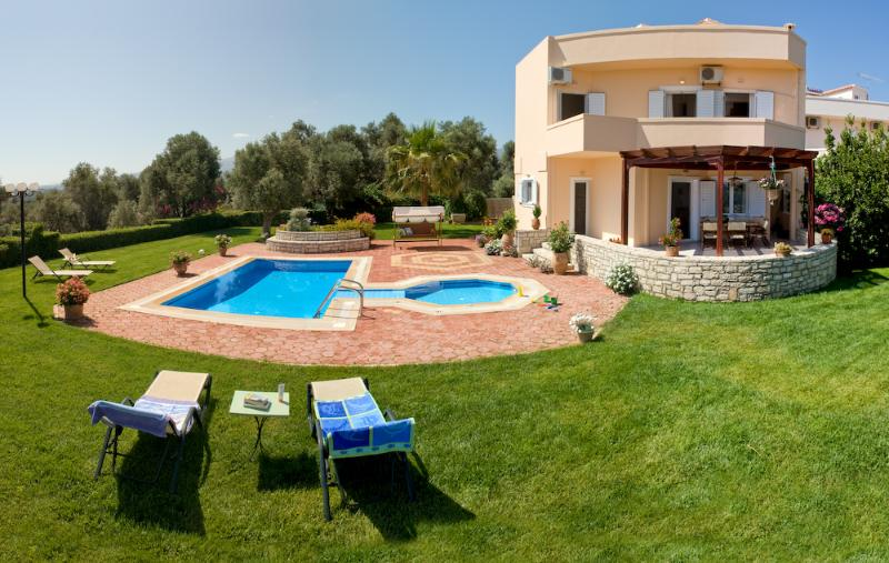 Holiday Villa with private pool in Rethymno - Image 1 - Melidoni - rentals