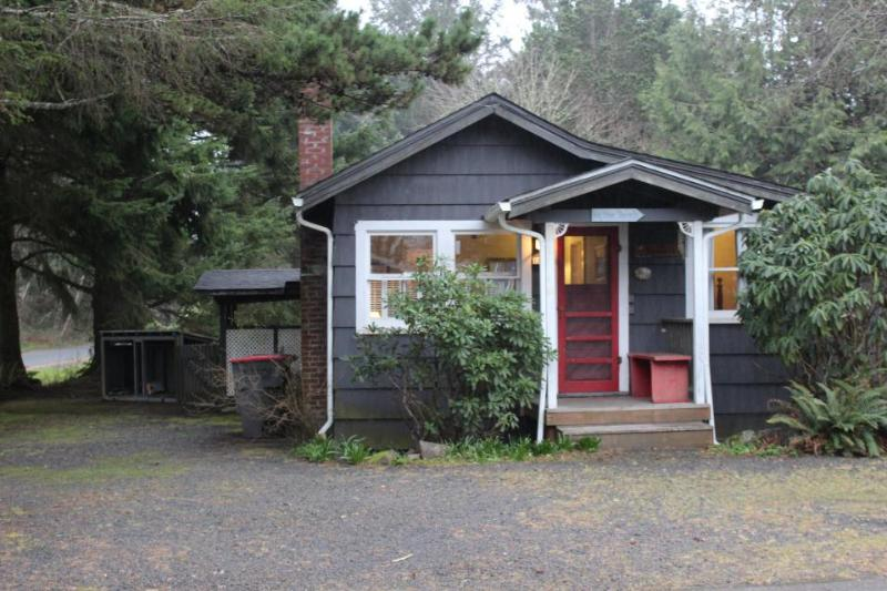 Sophie's Seabreeze - Image 1 - Cannon Beach - rentals
