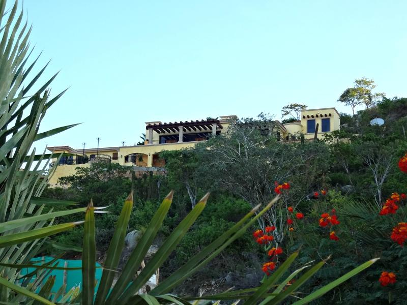 Paradise Ranch - PARADISE RANCH ESTATE WITH 8 PASSENGER FORD EXCURSION FREE AND 24 HR STAFF - Cabo San Lucas - rentals