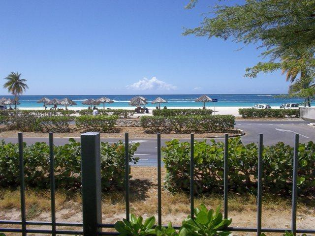 Enjoy each day with this GRAND ocean view!! - Grand Regency Five-bedroom condo - BG131 - Eagle Beach - rentals