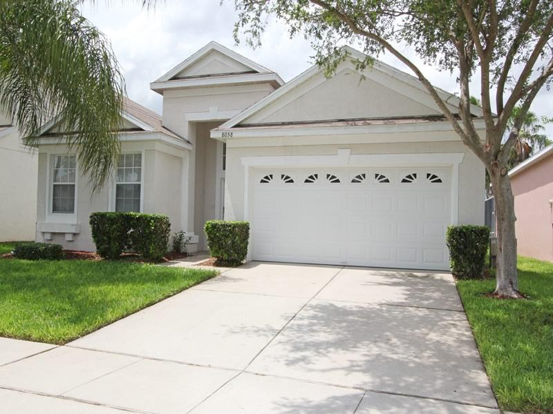 Front view  - Beautifully furnished Villa on Windsor Palms! - Kissimmee - rentals