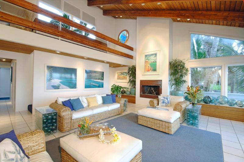 Spacious living room with OceanFront Views - OceanFront  Kukuna Hale - Anahola - rentals