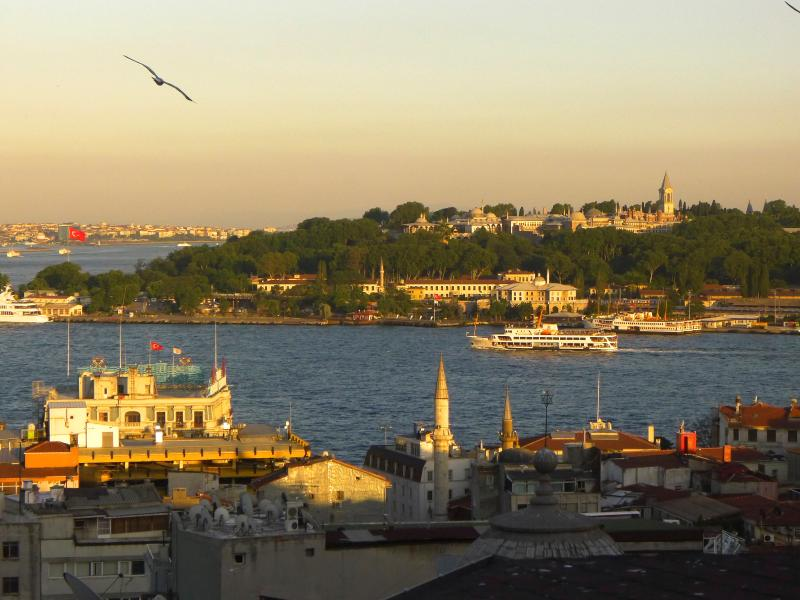 View from salon and terrace - Water & monument views by Galata Tower - Terrace 2 - Sultanahmet - rentals