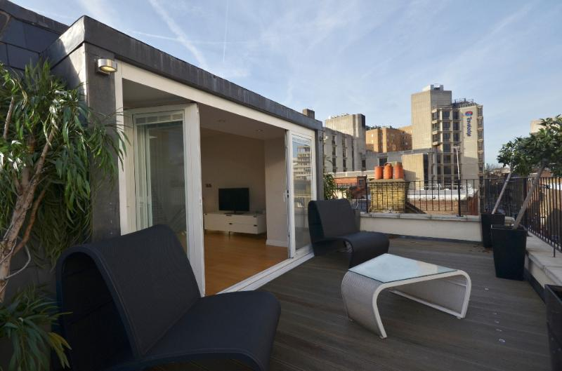 Theatre Land Penthouse - Image 1 - London - rentals