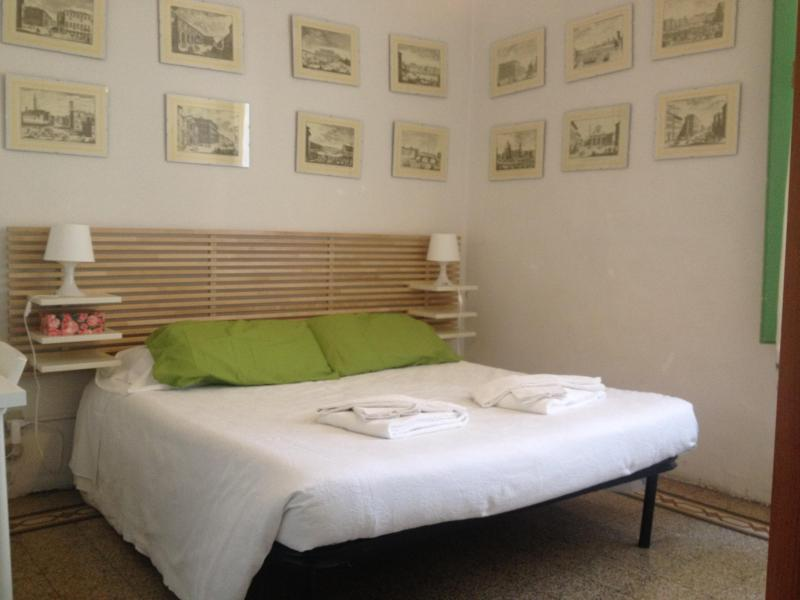 Lovely Apartment For 4 People - Image 1 - Florence - rentals