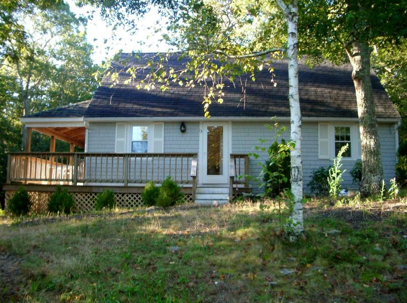 Cape Cod Cottage on the Pond - Cape Cod Cottage on a Pond, With a Hot Tub - Mashpee - rentals