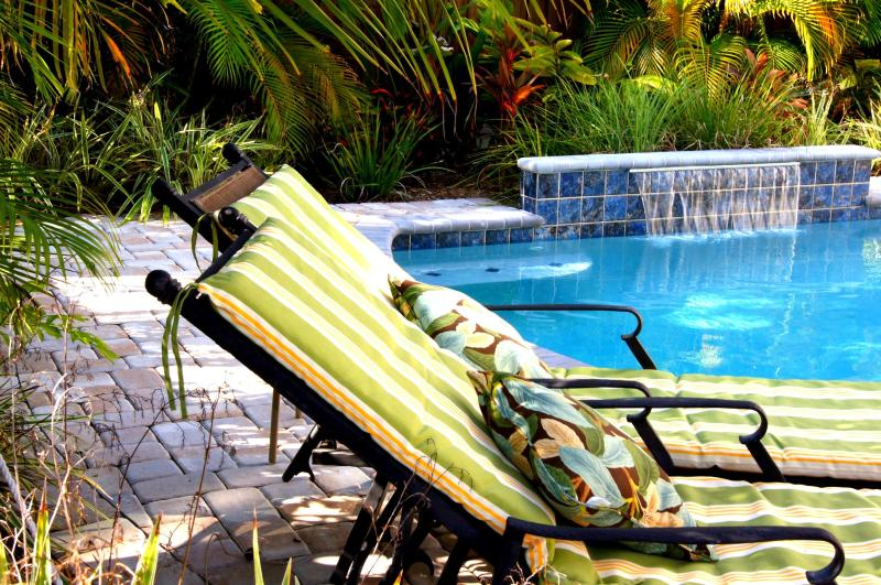 The Topping Cottage - Image 1 - Siesta Key - rentals