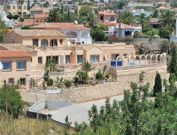 Holiday house for 5 persons, with swimming pool , near the beach in Calpe - Image 1 - Calpe - rentals