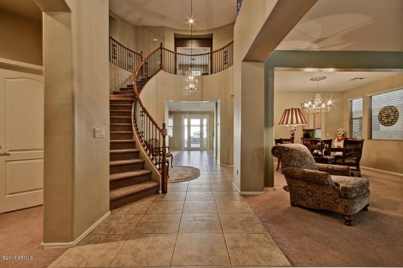 Entry way - Peoria estate size home near SUPERBOWL 15 - Peoria - rentals