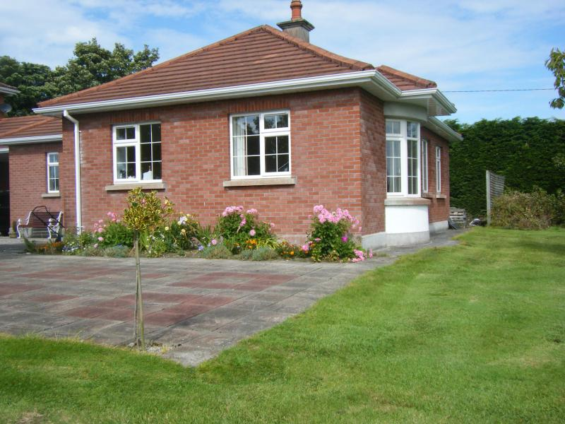 Cottage by the river Moy - Image 1 - Swinford - rentals