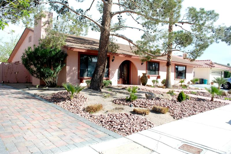 Home Away From Home - The comfort of home at Paseo El Rio - Las Vegas - rentals