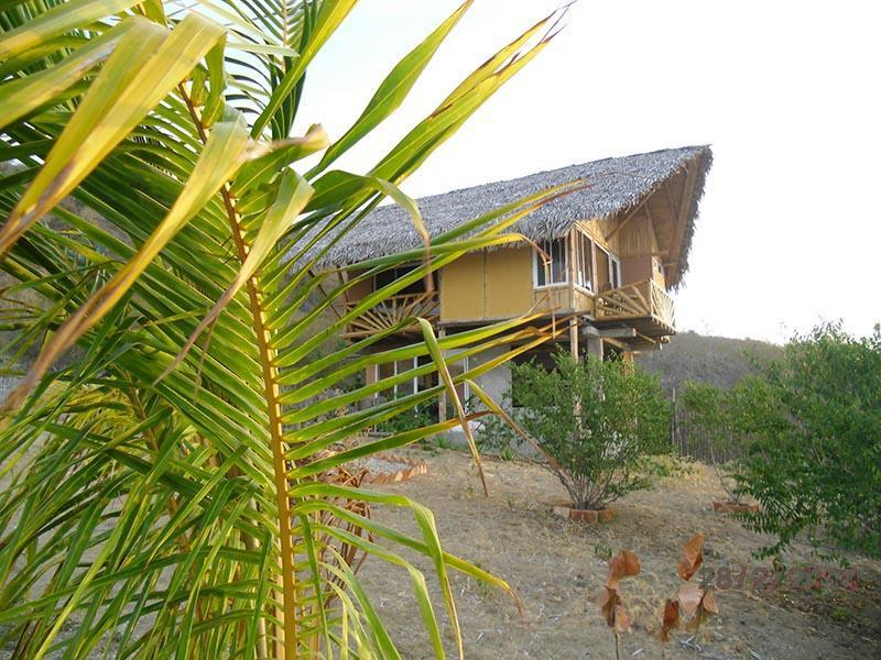 Exterior - Cabaña for rent in front of the beach! - Manta - rentals