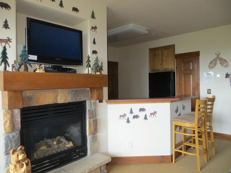 Fireplace - Kicking Horse Condo at Granby Ranch, Ski and Golf - Granby - rentals