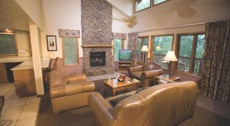 Beautiful Flagstaff Condo in a Resort Setting - Image 1 - Flagstaff - rentals