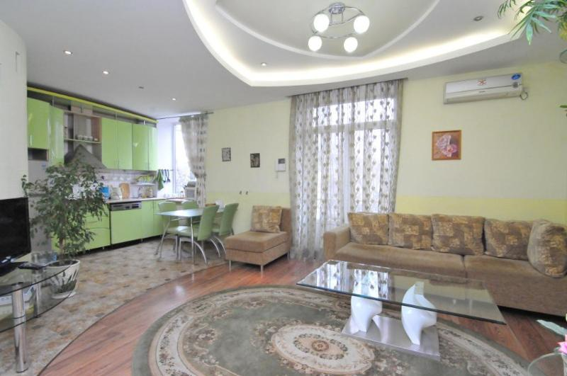 Clean and Fresh Apartment in center of Chisinau - Image 1 - Chisinau - rentals
