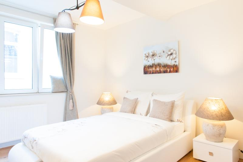 Double bed - Duplex apartment center of brussels - Brussels - rentals