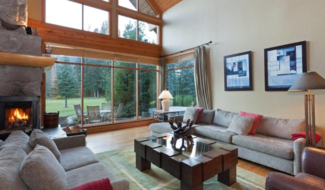 Living Room with Gas Fireplace and Golf Course Views - Longstone Chalet | Whistler Platinum | Golf Course - Whistler - rentals