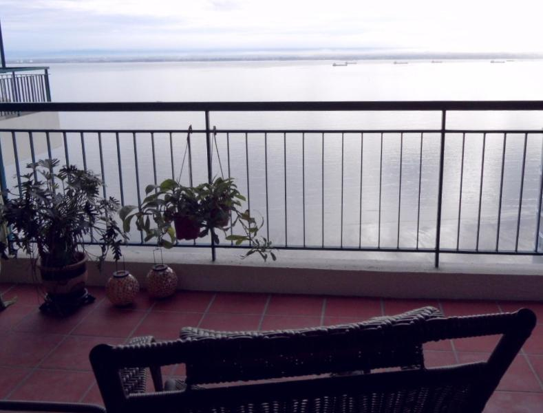 Sea view  -  Front balcony. - **ThePlace2B** at the Gurney Boulevard -Blue Room. - Penang - rentals
