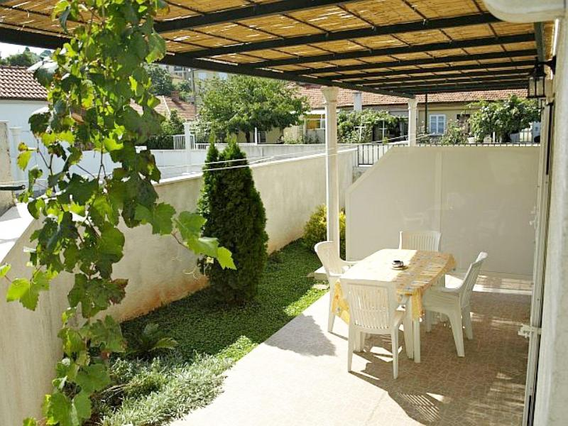 Terrace and outside seating area - Studio Campara 2 -  Studio apartment with terrace - Dubrovnik - rentals
