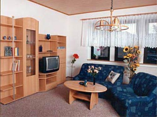Vacation Apartment in Floh-Seligenthal - 915 sqft, quiet, comfortable, friendly (# 5000) #5000 - Vacation Apartment in Floh-Seligenthal - 915 sqft, quiet, comfortable, friendly (# 5000) - Brotterode - rentals