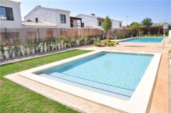 Holiday house for 5 persons, with swimming pool , near the beach in Cambrils - Image 1 - Cambrils - rentals