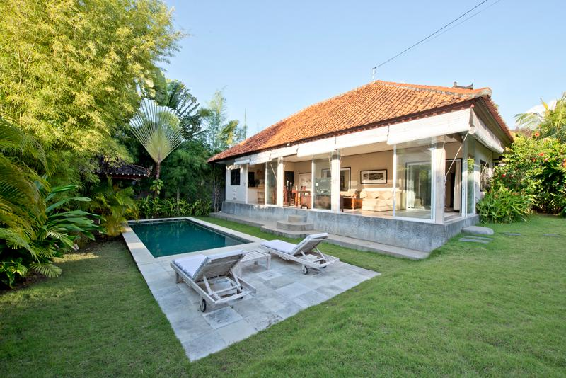 Villa Gunung. 2 Bedroom Villa with Pool. Seminyak - Image 1 - Seminyak - rentals