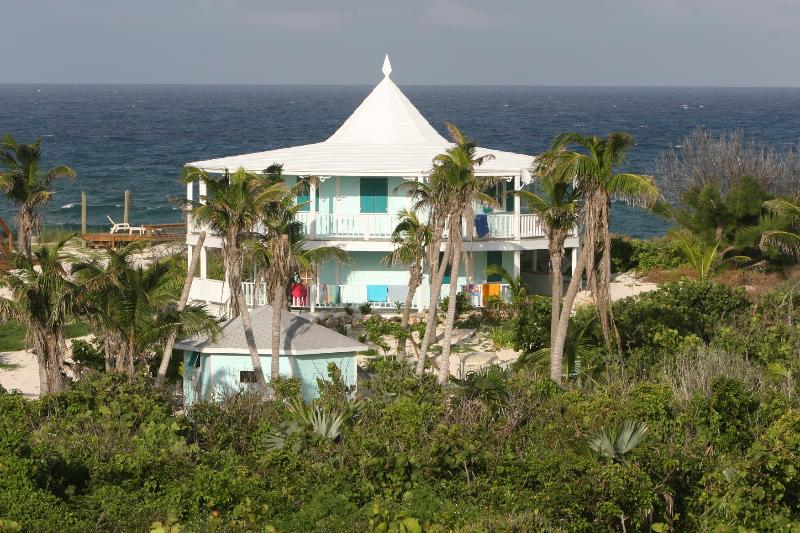 Sunrise Point & Ocean - On the Beach Luxury! Elbow Cay South of Hope Town, Includes Dock, Everything you need! - Tilloo Cay - rentals