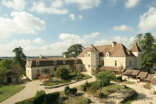 Vast Country Chateau FRMD122 - Image 1 - Lauzun - rentals