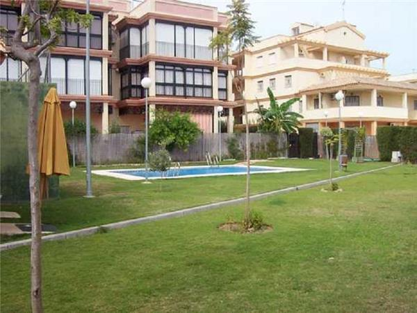 Apartment for 5 persons, with swimming pool , near the beach in Sanlucar de Barrameda - Image 1 - Chipiona - rentals