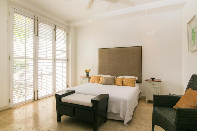 1 Bedroom in a Luxurious Home in the Heart of Old Town - Image 1 - Cartagena - rentals
