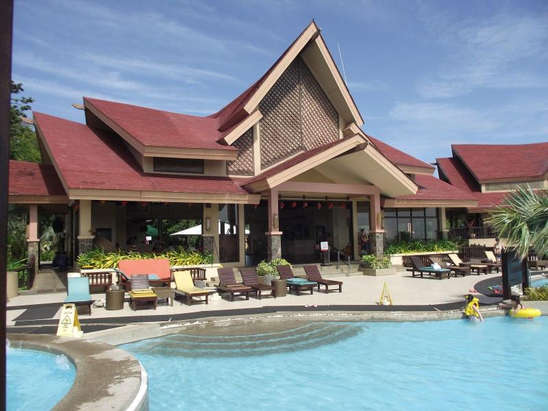 Lobby and infinity pool - Resort Living at Affordable Prices, Starting at 30$ a Day - Boracay - rentals