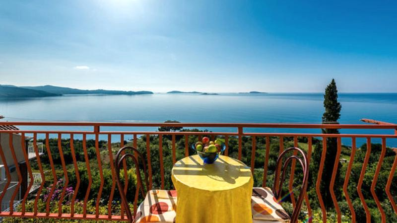 Sea view from balcony at Studio - Guest House Fontana - Superior Studio (2 Adults) - Plat - rentals