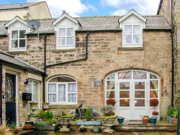 THE OLD COACH HOUSE, stylish character cottage, close to amenities, in Rothbury, Ref 903754 - Image 1 - Rothbury - rentals