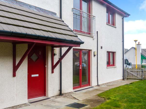 HILL VIEW APARTMENT, pet-friendly apartment close to village amenities, heart of Cairngorms, in Aviemore, Ref 906247 - Image 1 - Aviemore - rentals