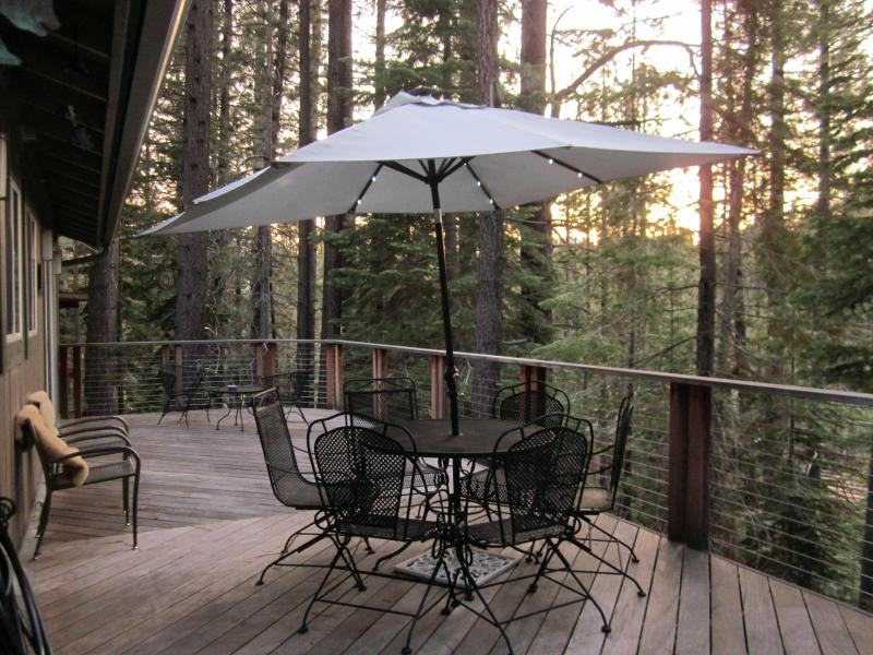 Close but far enough away for Relaxation & Privacy! Off Pioneer Trail, South Lake Tahoe, Ca 96150 - Image 1 - South Lake Tahoe - rentals