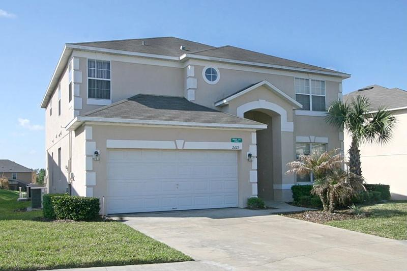 Front Exterior - 7 BDRM SOUTH FACING POOL, XBOX ONE, PS3, WII, WIFI - Kissimmee - rentals