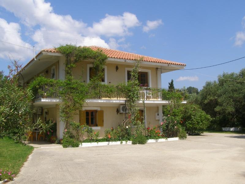 "Polymnia Apartments - ""Polymnia Apartments""  only 200m near the Beach - Cephalonia - rentals"