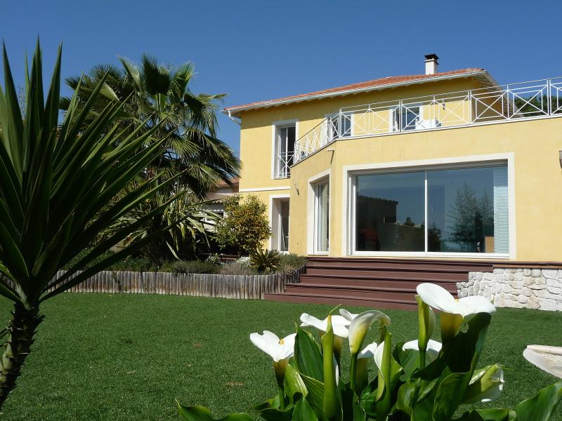 property - Luxurious Villa in Nice, see view, beach, shops, quiet, air conditioning, pool - Nice - rentals