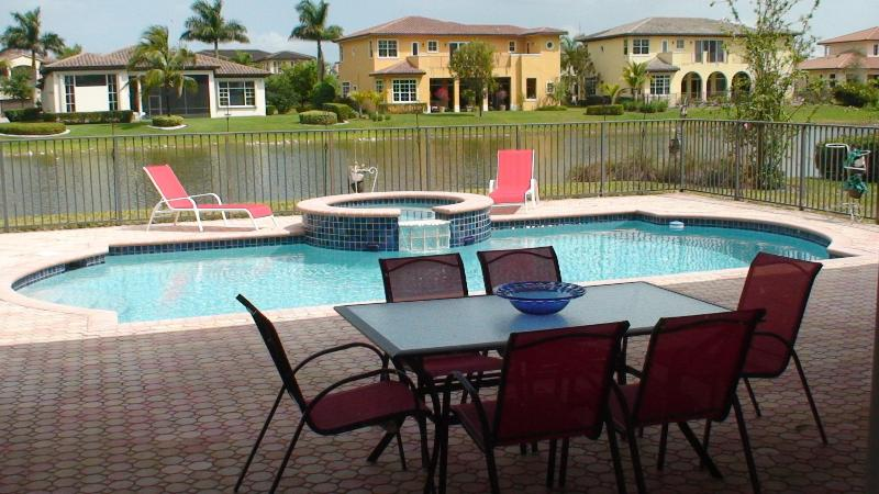 6800 Sq.ft 7/5 Pool Spa Vacation Home - Image 1 - Fort Lauderdale - rentals