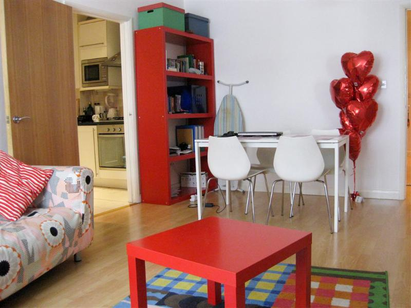 Large 2 bedroom (email: hidden)rpool St - Image 1 - London - rentals