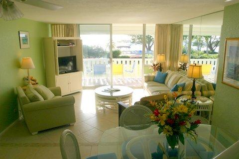 Living Room - Lovely Condo on SMB - #43 - Seven Mile Beach - rentals