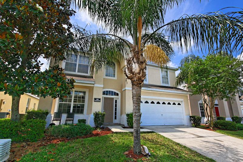 immaculate 6 Bed 4 Bath Villa, lots of upgrades - Image 1 - Kissimmee - rentals